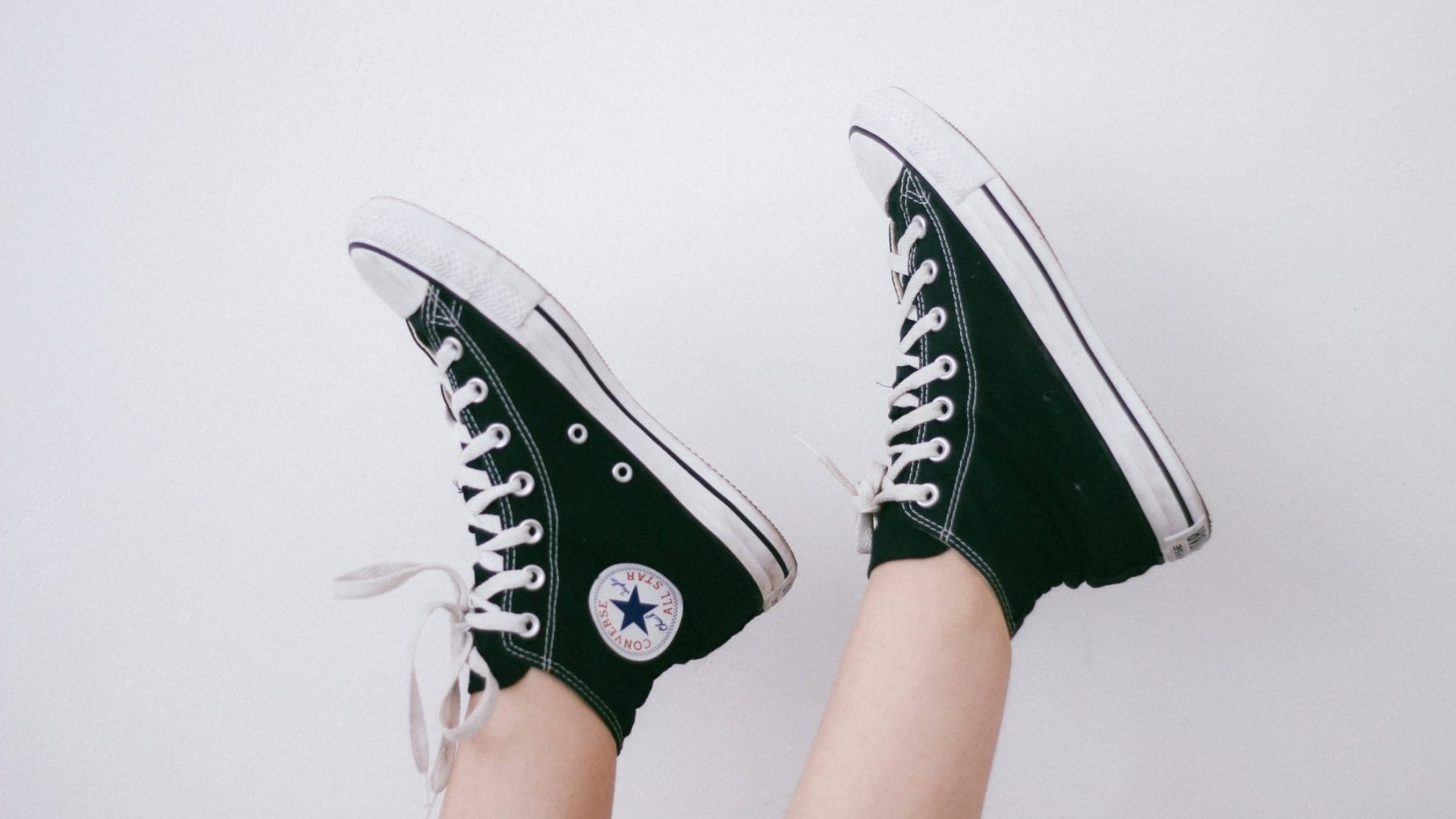 Foot shaped shoes Blog, by Emalyse the Naturopath